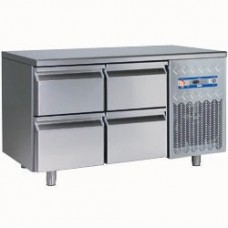 Cooling Table Set Consists Of: